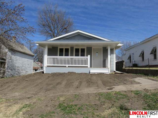 212 W Center Avenue, Prague, NE 68050 (MLS #22008201) :: Dodge County Realty Group