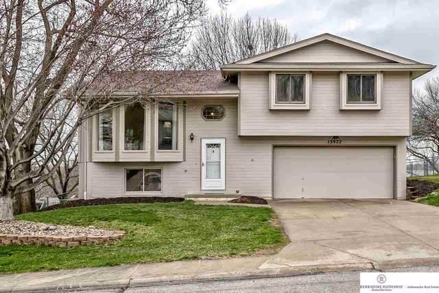 13922 Jennifer Road, Omaha, NE 68138 (MLS #22008226) :: Capital City Realty Group