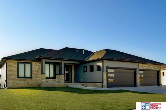 9525 Autumn Meadow Lane, Lincoln, NE 68516 (MLS #22008249) :: Lincoln Select Real Estate Group