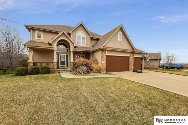 17141 Colony Drive, Omaha, NE 68136 (MLS #22008270) :: Capital City Realty Group