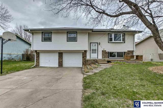 808 W Godfrey Drive, Lincoln, NE 68521 (MLS #22008274) :: Lincoln Select Real Estate Group