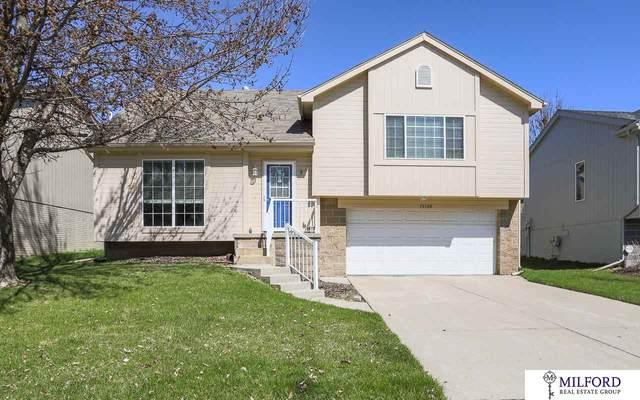 15308 Saratoga Street, Omaha, NE 68116 (MLS #22008289) :: Capital City Realty Group
