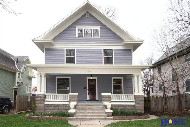 445 S 28th Street, Lincoln, NE 68510 (MLS #22008319) :: Lincoln Select Real Estate Group