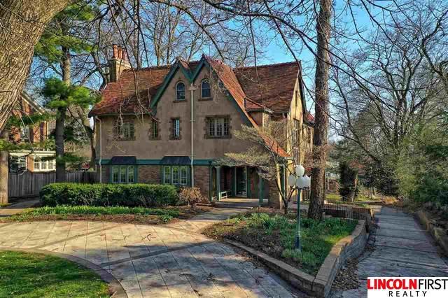 2829 Van Dorn Street, Lincoln, NE 68502 (MLS #22008352) :: Lincoln Select Real Estate Group