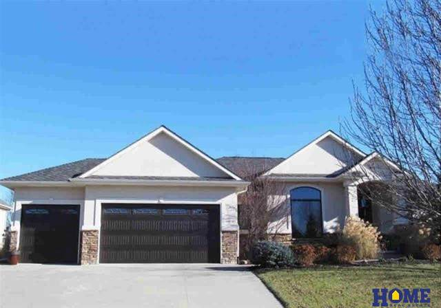 9410 Larges Court, Lincoln, NE 68512 (MLS #22008377) :: Lincoln Select Real Estate Group
