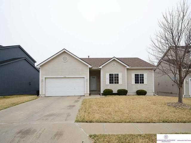 15326 Meredith Avenue, Omaha, NE 68116 (MLS #22008396) :: Capital City Realty Group