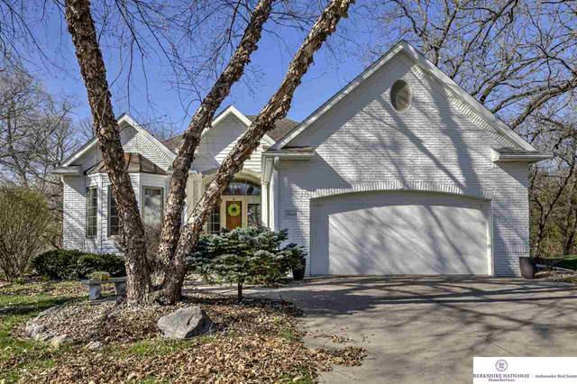 20404 Wildwood Circle, Springfield, NE 68059 (MLS #22008476) :: Capital City Realty Group