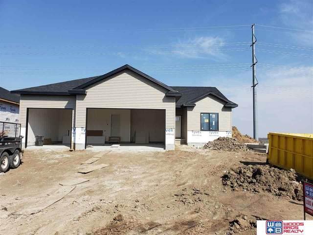 6502 Las Verdes Lane, Lincoln, NE 68523 (MLS #22008700) :: One80 Group/Berkshire Hathaway HomeServices Ambassador Real Estate