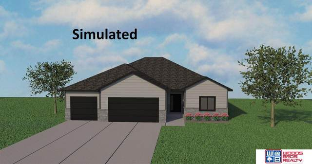 6430 Las Verdes Lane, Lincoln, NE 68523 (MLS #22008705) :: One80 Group/Berkshire Hathaway HomeServices Ambassador Real Estate