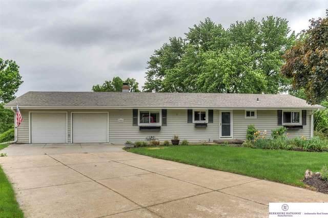 9901 N 34 Circle, Omaha, NE 68112 (MLS #22008926) :: Stuart & Associates Real Estate Group