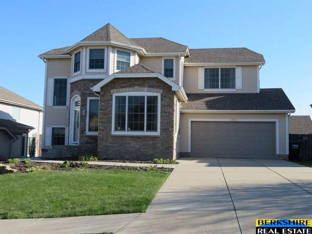 18311 Howard Street, Elkhorn, NE 68022 (MLS #22009124) :: Omaha Real Estate Group