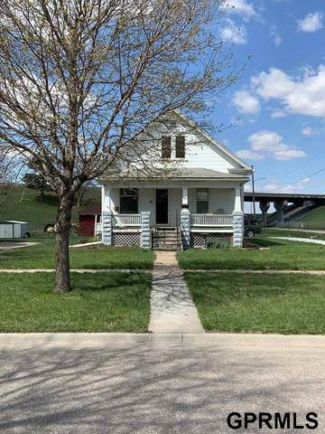 945 N 8th Street, Lincoln, NE 68508 (MLS #22009179) :: Dodge County Realty Group