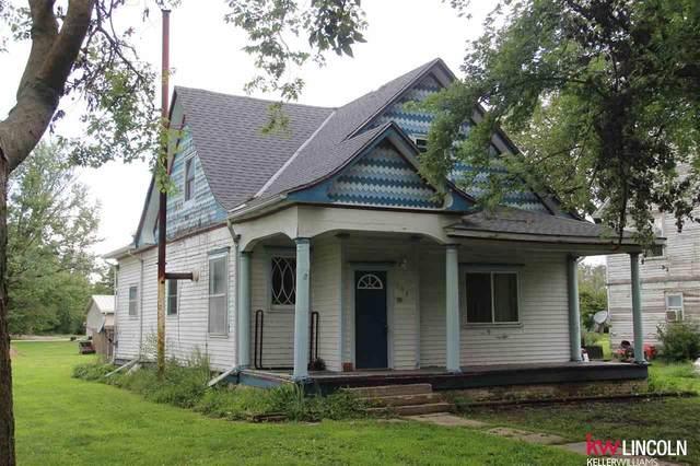 805 N E Street, Fairfield, NE 68933 (MLS #22009284) :: Omaha Real Estate Group