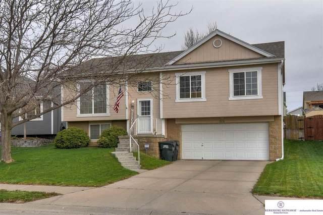 18656 U Street, Omaha, NE 68135 (MLS #22009286) :: Catalyst Real Estate Group