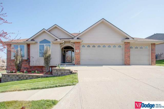2604 Eagle Ridge Drive, Council Bluffs, IA 51503 (MLS #22009368) :: One80 Group/Berkshire Hathaway HomeServices Ambassador Real Estate