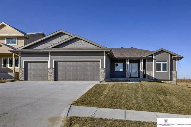 4312 Barksdale Drive, Bellevue, NE 68123 (MLS #22009520) :: The Briley Team