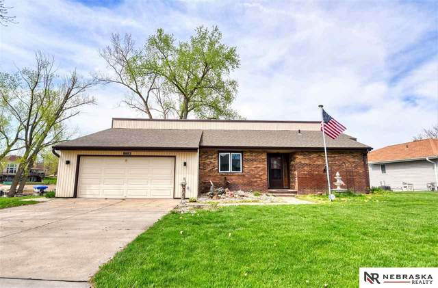 8602 Oahu Circle, Papillion, NE 68046 (MLS #22009643) :: Complete Real Estate Group