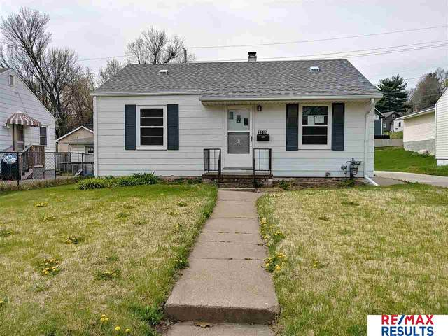 3315 X Street, Omaha, NE 68107 (MLS #22009703) :: kwELITE