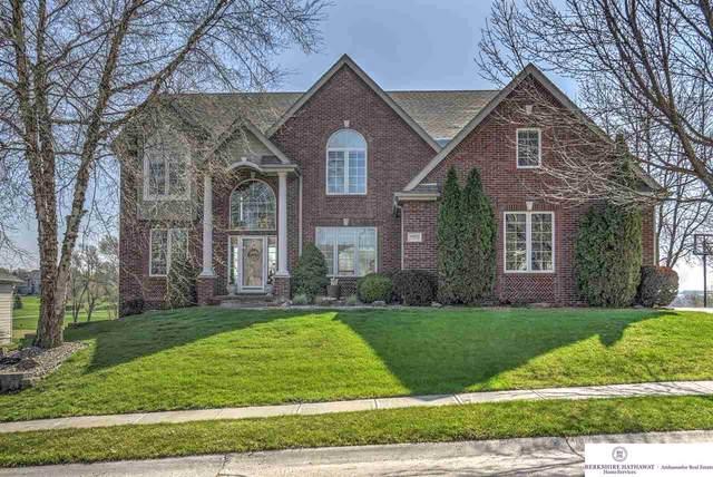 10825 Fairway Drive, Omaha, NE 68136 (MLS #22009797) :: Capital City Realty Group