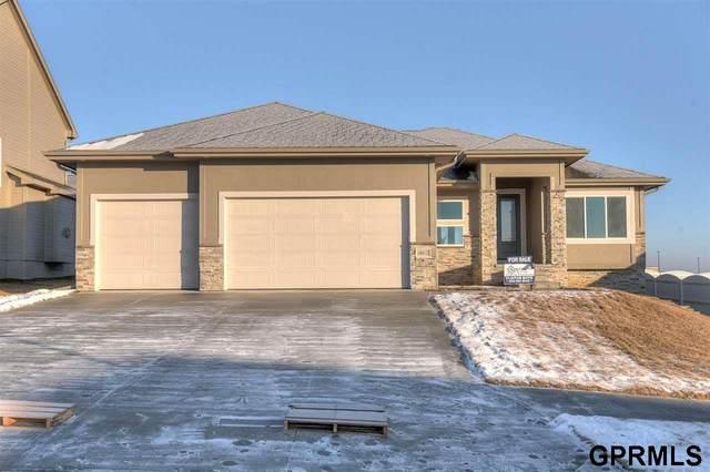 18315 Taylor Street, Elkhorn, NE 68022 (MLS #22009990) :: Catalyst Real Estate Group