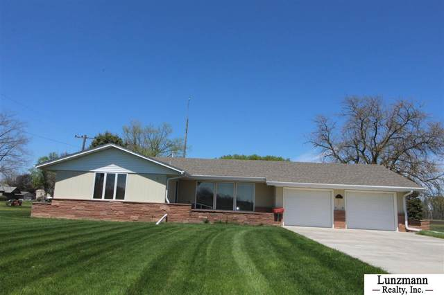 512 9th Street, Brock, NE 68320 (MLS #22010125) :: The Briley Team