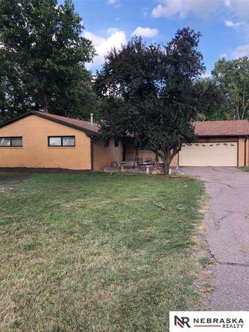 2440 S Coddington Avenue, Lincoln, NE 68522 (MLS #22010130) :: Catalyst Real Estate Group