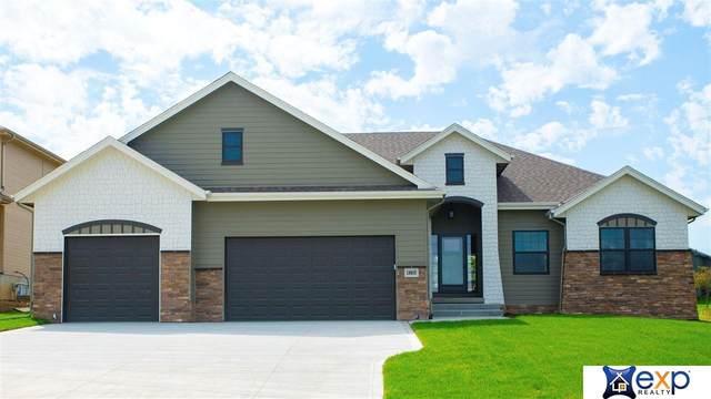 18805 Riviera Drive, Omaha, NE 68136 (MLS #22010179) :: One80 Group/Berkshire Hathaway HomeServices Ambassador Real Estate