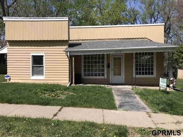 5518 N 33 Avenue, Omaha, NE 68111 (MLS #22010316) :: Catalyst Real Estate Group