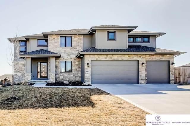 3010 N 182 Street, Omaha, NE 68022 (MLS #22010323) :: One80 Group/Berkshire Hathaway HomeServices Ambassador Real Estate