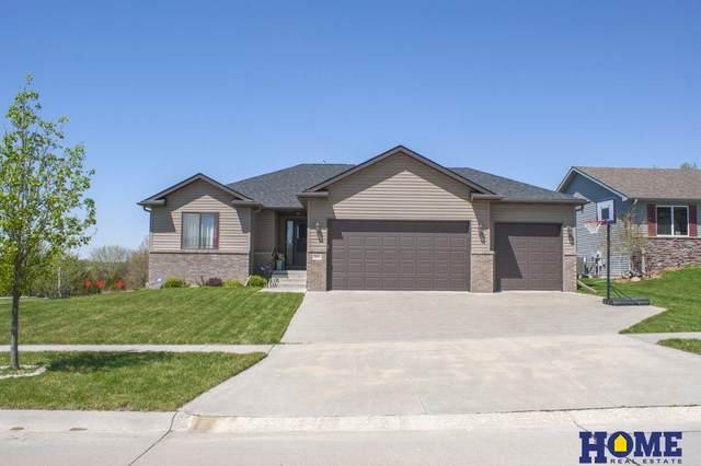 7900 Mandalay Drive, Lincoln, NE 68516 (MLS #22010620) :: One80 Group/Berkshire Hathaway HomeServices Ambassador Real Estate