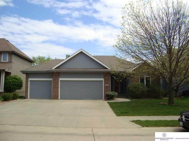 4615 N 136 Street, Omaha, NE 68164 (MLS #22010632) :: Catalyst Real Estate Group