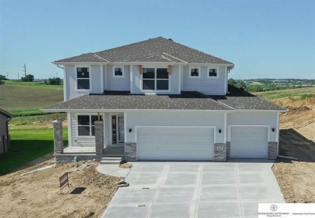 11028 Superior Drive Drive, Papillion, NE 68138 (MLS #22010743) :: Omaha Real Estate Group