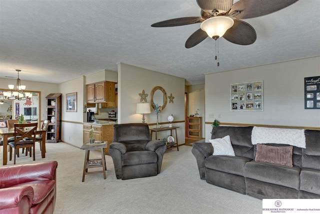 7912 Park Drive, Omaha, NE 68127 (MLS #22010759) :: Catalyst Real Estate Group