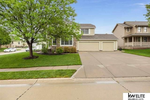 7801 S 169 Street, Omaha, NE 68136 (MLS #22010775) :: One80 Group/Berkshire Hathaway HomeServices Ambassador Real Estate