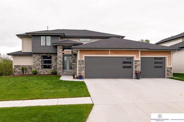 21411 B Street, Omaha, NE 68022 (MLS #22010794) :: Catalyst Real Estate Group