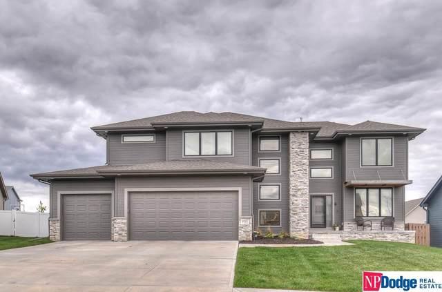 6081 N 155 Avenue, Omaha, NE 68116 (MLS #22010891) :: One80 Group/Berkshire Hathaway HomeServices Ambassador Real Estate
