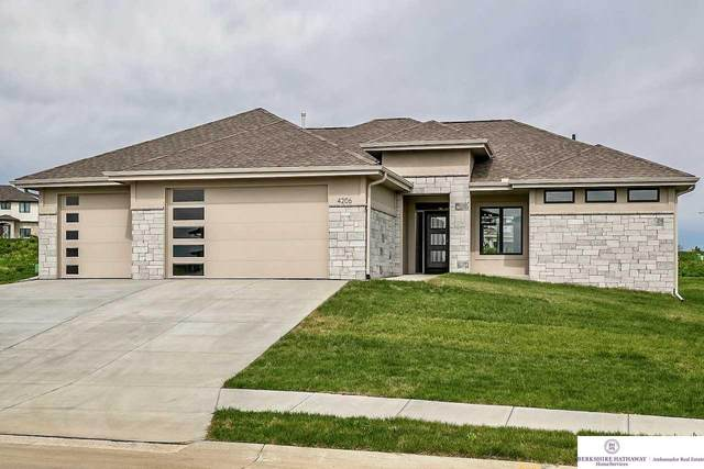 4206 S 219 Street, Elkhorn, NE 68022 (MLS #22010953) :: Dodge County Realty Group