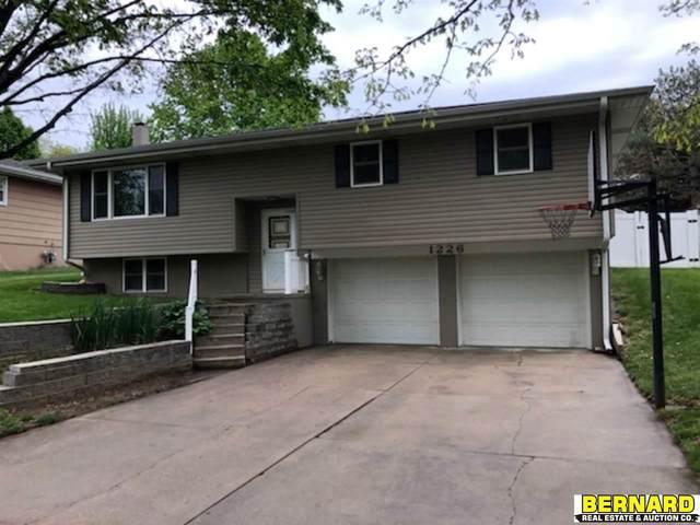 1226 N 14th Street, Nebraska City, NE 68410 (MLS #22010966) :: Dodge County Realty Group