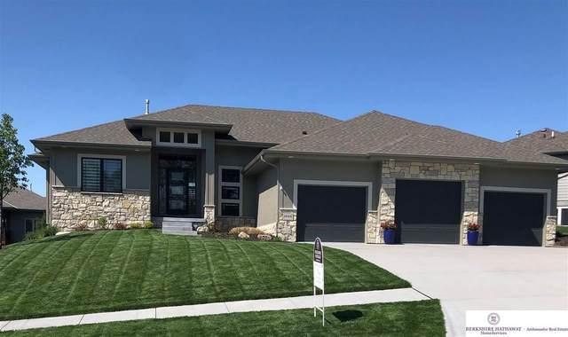 19316 Binney Street, Omaha, NE 68022 (MLS #22011085) :: One80 Group/Berkshire Hathaway HomeServices Ambassador Real Estate