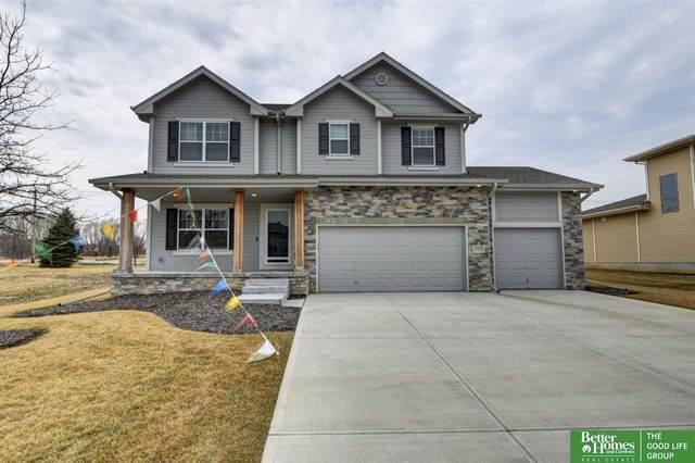 5708 N 154 Avenue, Omaha, NE 68116 (MLS #22011114) :: One80 Group/Berkshire Hathaway HomeServices Ambassador Real Estate