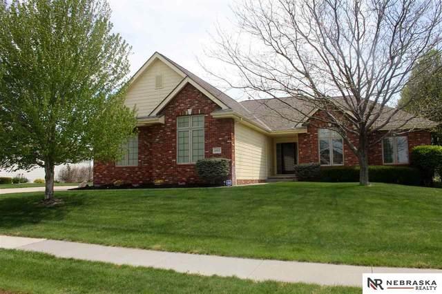 10915 S 173 Street, Omaha, NE 68136 (MLS #22011288) :: Cindy Andrew Group