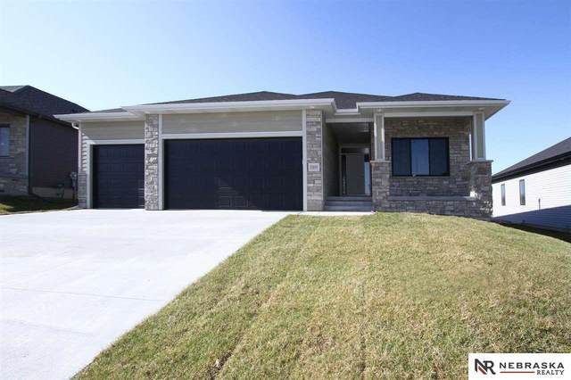 355 S 89Th Street, Lincoln, NE 68520 (MLS #22011336) :: Dodge County Realty Group