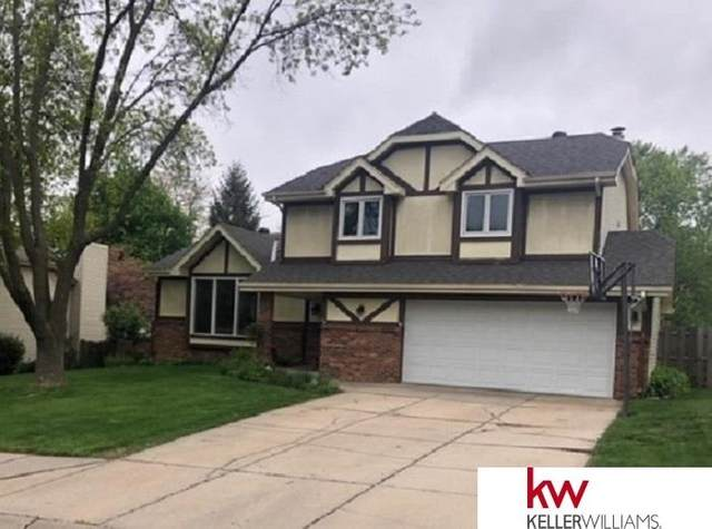 807 Oak Ridge Road, Papillion, NE 68046 (MLS #22011338) :: Complete Real Estate Group