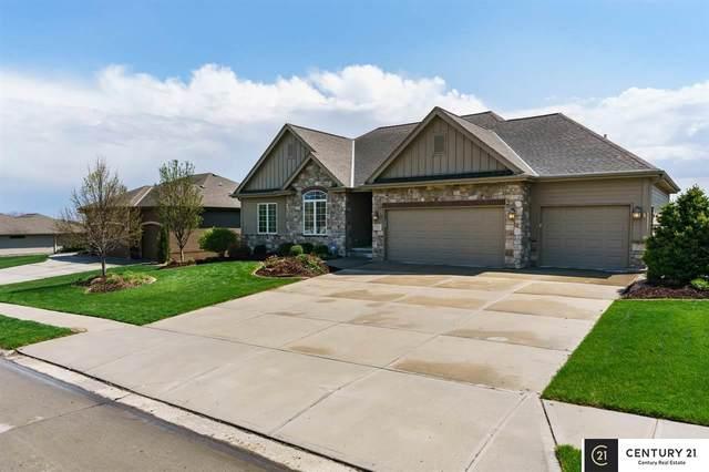 7713 Leawood Street, Papillion, NE 68046 (MLS #22011370) :: Capital City Realty Group