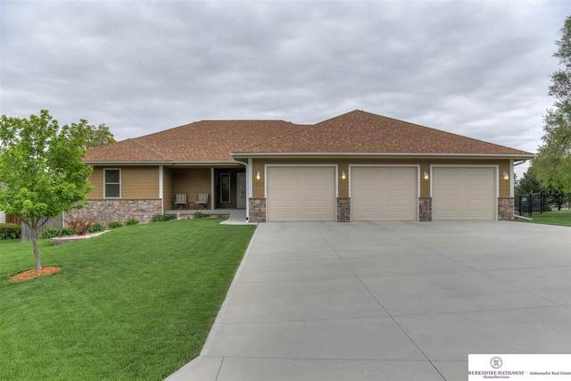 1513 N 211th Street, Elkhorn, NE 68022 (MLS #22011434) :: Dodge County Realty Group