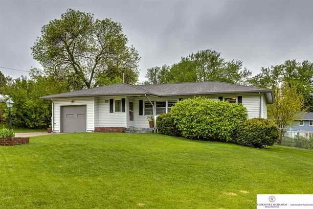 6205 Nebraska Avenue, Omaha, NE 68104 (MLS #22011449) :: Omaha Real Estate Group