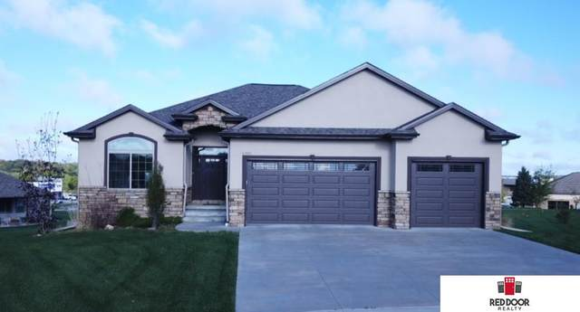 6301 Artisan Court, Lincoln, NE 68516 (MLS #22011467) :: One80 Group/Berkshire Hathaway HomeServices Ambassador Real Estate