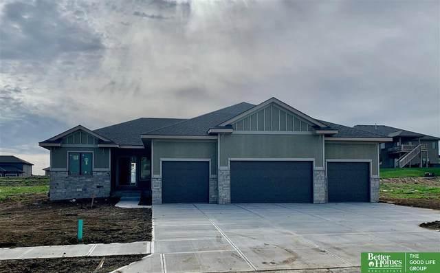10107 S 188 Street, Omaha, NE 68136 (MLS #22011590) :: One80 Group/Berkshire Hathaway HomeServices Ambassador Real Estate