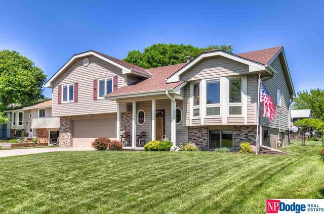 11015 S 24 Street Circle, Bellevue, NE 68123 (MLS #22011681) :: Catalyst Real Estate Group