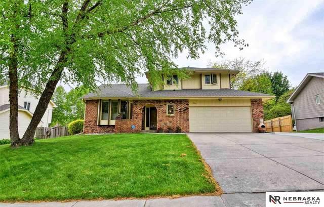 805 Oak Ridge Road, Papillion, NE 68046 (MLS #22011691) :: Catalyst Real Estate Group
